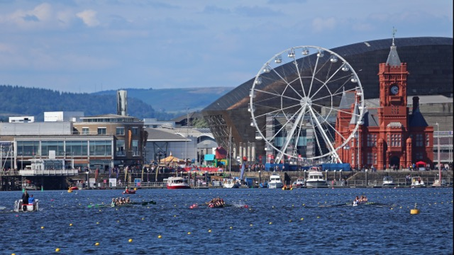 Rowing in Cardiff Bay