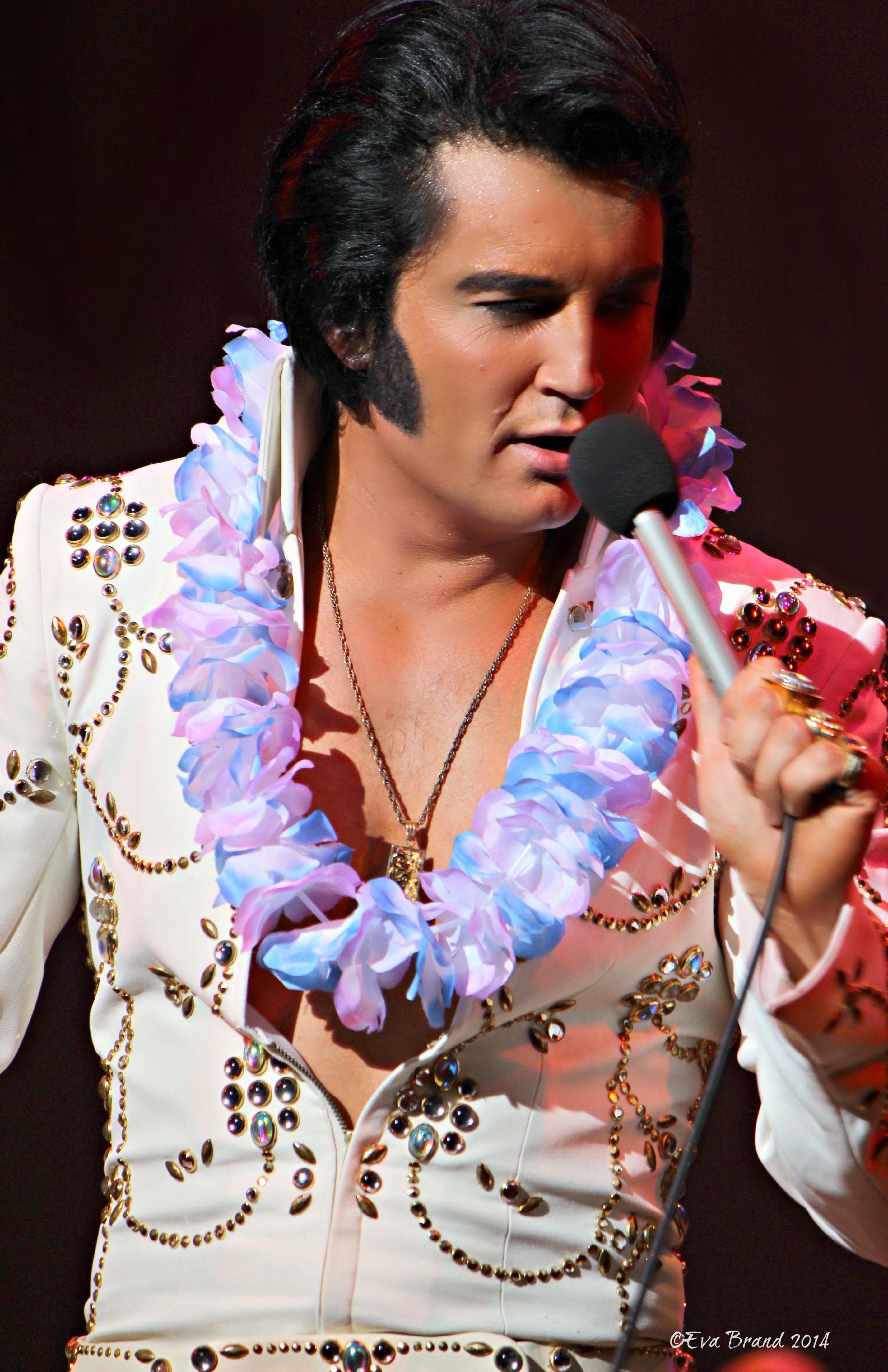 Best Elvis Impersonator Ever Ben Portsmouth ...